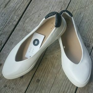 A New Day White Nataly slip ons size 6
